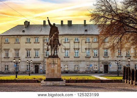 ZAMOSC, POLAND - APRIL 02, 2016: Statue of Jan Zamoyski made by Marian Konieczny, located in the Old Town in Zamosc, opposite the Palace Zamoyski street Academic.