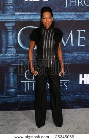 LOS ANGELES - APR 10:  Regina King at the Game of Thrones Season 6 Premiere Screening at the TCL Chinese Theater IMAX on April 10, 2016 in Los Angeles, CA