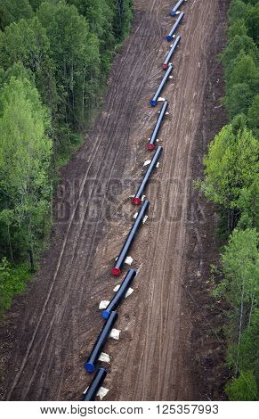 The pipes prepared for the laying of the pipeline
