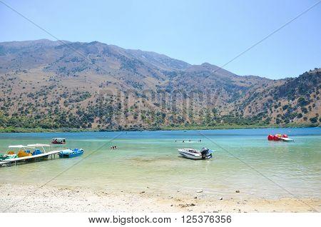 Picturesque Lake Kournas ?n Island Crete (Greece)