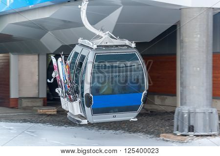 Blue elevator ski cabin in Bannoe ski center - Russia