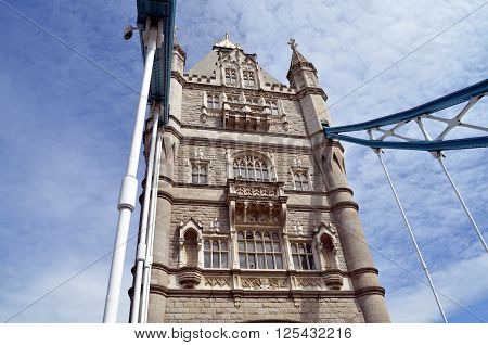 tower bridge in london with blue sky in summer