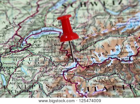 Map with pin point of Mont Blanc in France
