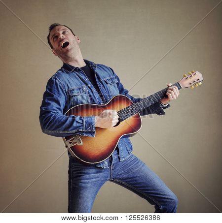 Doing a serenade
