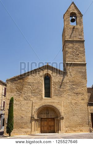Salon-de-Provence (Bouches-du-Rhone Provence-Alpes-Cote-d'Azur France): facade of historic church