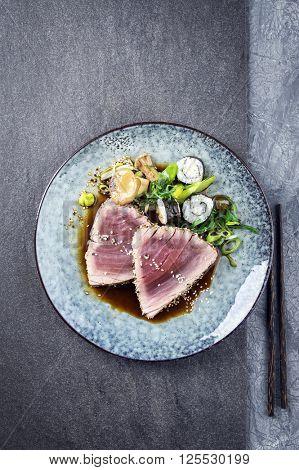 Tuna Tataki with Vegetable