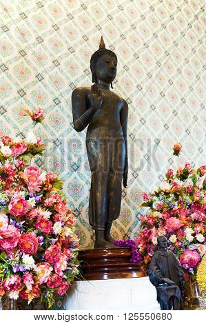 Bangkok, THAILAND - March 12:2016. Statue of Buddha in Wat Traimit. Bangkok Thailand. Sekective focus