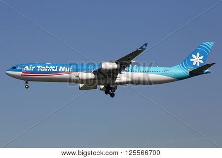 Air Tahiti Nui Airbus A340-300 Airplane Los Angeles Airport