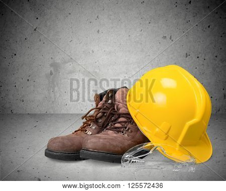 Hardhat and boots.