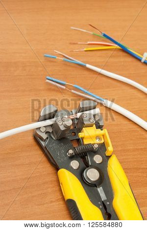 wire stripper pliers and cable ferrules ready to apply