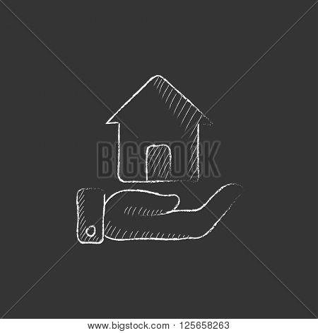 House insurance. Drawn in chalk icon.