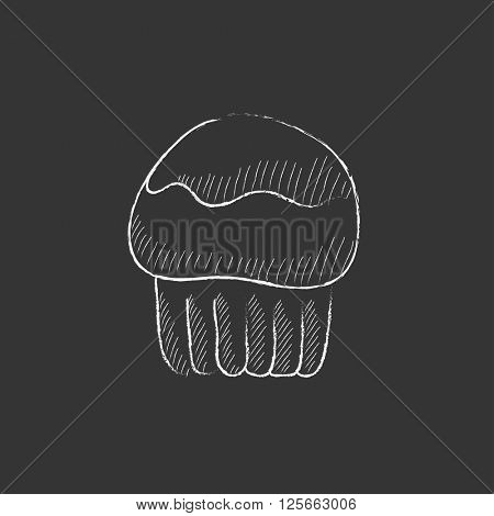 Cupcake. Drawn in chalk icon.