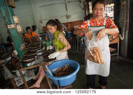BANGKOK, THAILAND - NOVEMBER 15, 2005 : 