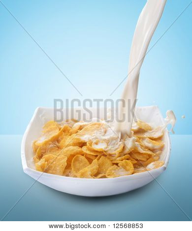 Healthy Breakfast-Cornflakes and Milk Splash