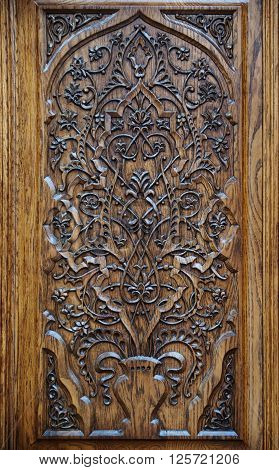 floral pattern carved on wood and varnished ** Note: Soft Focus at 100%, best at smaller sizes