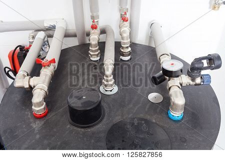 Heating pipelines and temperature indicators in boiler room