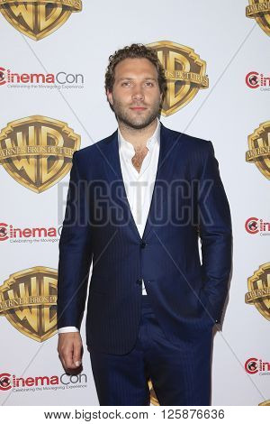 LAS VEGAS - APR 12: Jai Courtney at the Warner Bros. Pictures Presentation during CinemaCon at Caesars Palace on April 12, 2016 in Las Vegas, Nevada