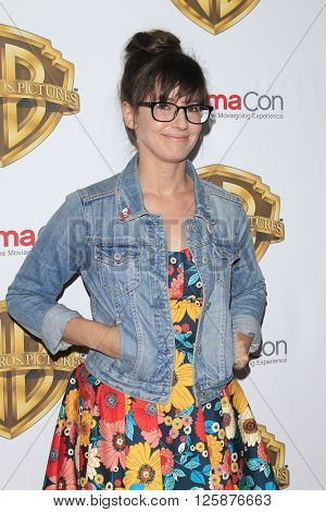 LAS VEGAS - APR 12: Katie Crown at the Warner Bros. Pictures Presentation during CinemaCon at Caesars Palace on April 12, 2016 in Las Vegas, Nevada