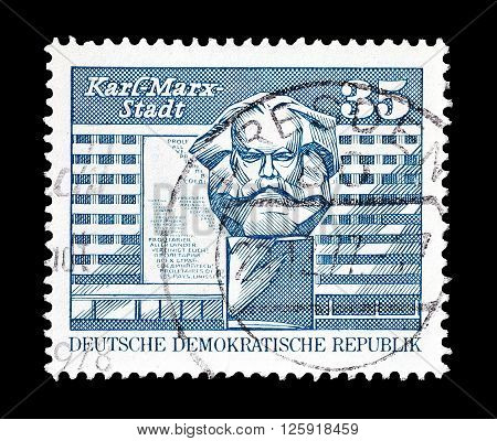 GERMAN DEMOCRATIC REPUBLIC - CIRCA 1973 : Cancelled postage stamp printed by German Democratic Republic, that shows Karl Marx Monument.