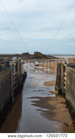 Bude Sea Lock is one of the only two working sea locks in Britain and was completely restored in October 2000 using green oak