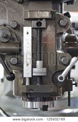 Closed up Lathe Machine for the Industrial Working
