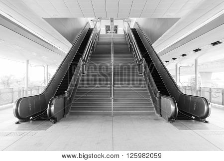 The empty stair and escalator in black and white