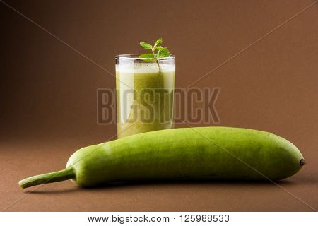 Juice of bottle gourd or lauki juice in india or Lagenaria siceraria juice, bottle gourd juice, powerful health juice popular in India