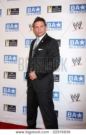 LOS ANGELES - AUG 11:  Mike Mizanin aka The Miz arriving at the