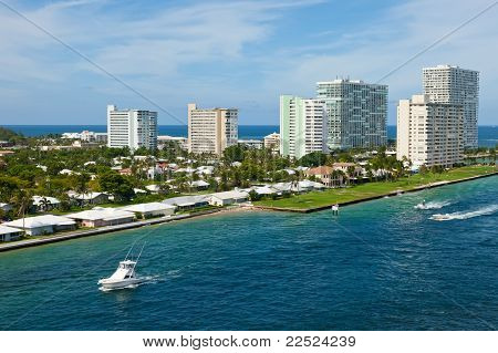 Entrada a Port Everglades, Fort Lauderdale, Florida
