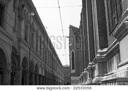 Bologna (emilia-romagna, Italy), Historic Buildings: San Petronio And Portico