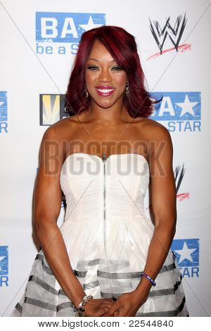 LOS ANGELES - AUG 11:  Alicia Fox arriving at the