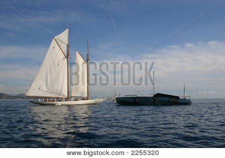 Sailing And Modern Boats