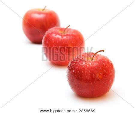 Apple'S Line