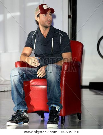 LOS ANGELES - APR 30:  Enrique Iglesias at a press conference for Yandel, Jennifer Lopez and Enrique Iglesias to announce their Summer Tour at Boulevard3 on April 30, 2012 in Los Angeles, CA