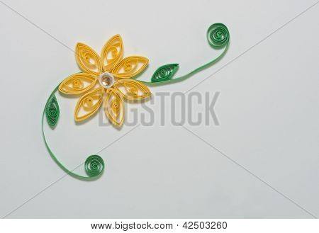 Quilled yellow daisy
