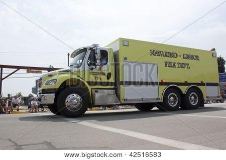 Navarino Lessor Tender 711 Fire Department Truck Side View
