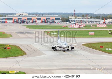 MOSCOW - SEP 22: Airbus A320 prepares for take-off in Sheremetyevo airport, Sep 22, 2011 Moscow, Russia. In 2011 in China assembly line opened A320, with an estimated capacity of 4 aircrafts per month