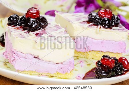 Blueberry cakes with Blueberry toping