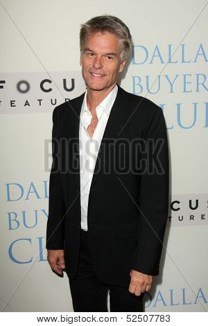 LOS ANGELES - OCT 17:  Harry Hamlin at the