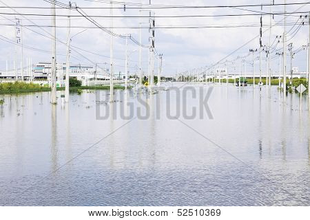 Flood And Disasters In Amata Nakorn Industrial Estate