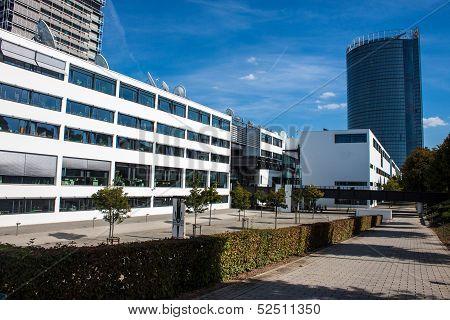 Former government building (Bundeshaus)