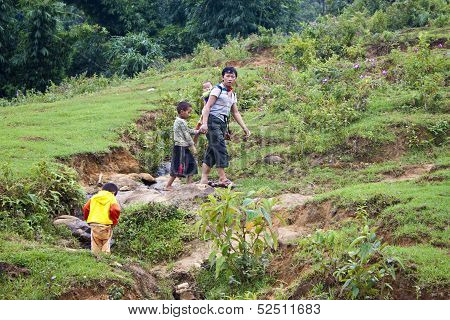 Unidentified local minority people