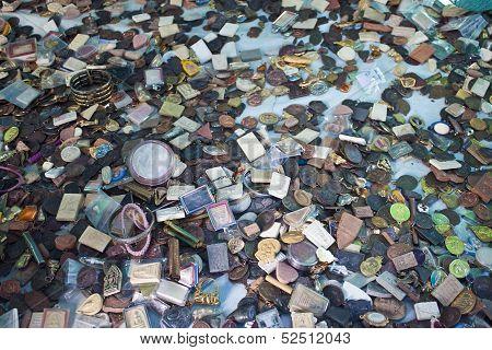 Buddhist amulets at Talisman Market