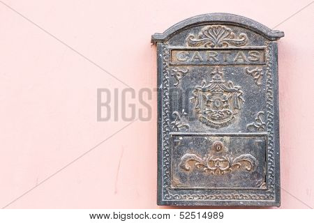 beautiful old mailbox