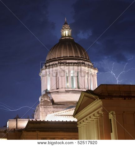 Thunderstorm Produces Rain Thuder Lightning Strikes Capital Dome Olympia Washington