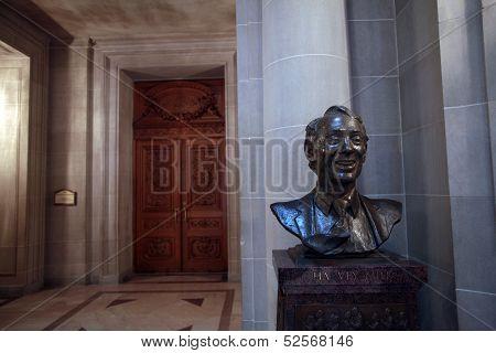 Harvey Milk bust, San Francisco City Hall