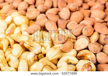Smoked Almond And Cashew