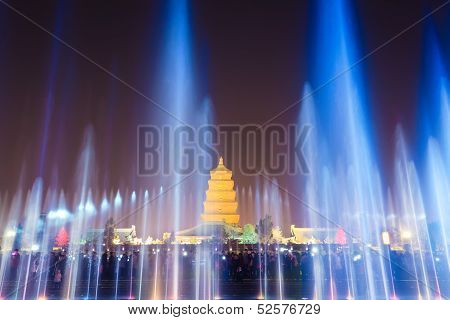 Beautiful Fountains At Night In Xian