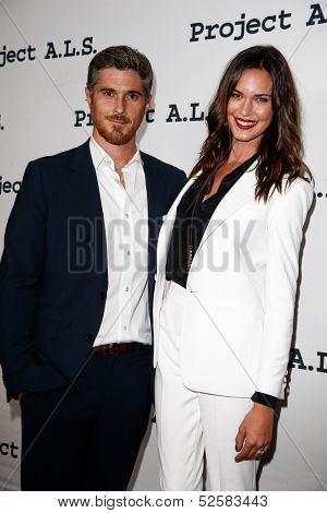 NEW YORK- OCT 17: Actors Dave and Odette Annable attend the Project A.L.S. 15th Anniversary benefit at Roseland Ballroom on October 17, 2013 in New York City.
