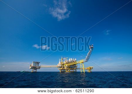 Oil and gas platform in the gulf or the sea, Offshore oil and rig construction Platform for producti
